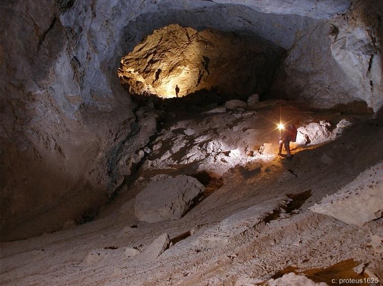 Abschlundgang in der Südwandhöhle